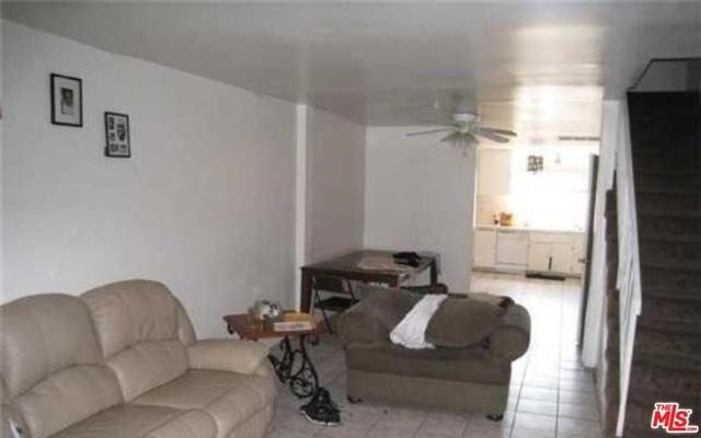 3 Bedrooms, Van Nuys Rental in Los Angeles, CA for $2,485 - Photo 2