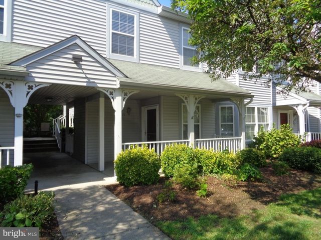 2 Bedrooms, Burlington Rental in Philadelphia, PA for $1,700 - Photo 1