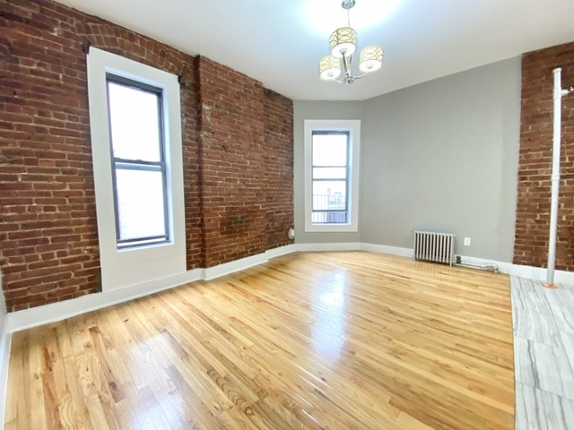 3 Bedrooms, Washington Heights Rental in NYC for $2,395 - Photo 1