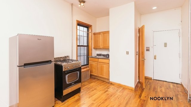 3 Bedrooms, East Williamsburg Rental in NYC for $2,200 - Photo 1