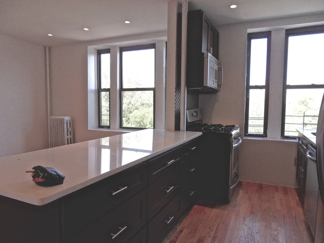 1 Bedroom, Crown Heights Rental in NYC for $2,295 - Photo 2