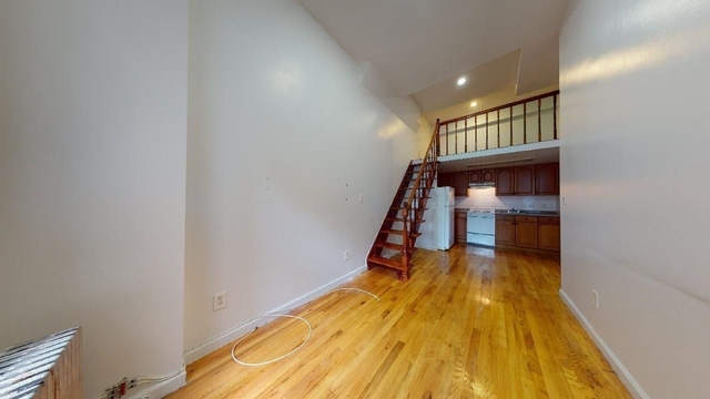 2 Bedrooms, East Village Rental in NYC for $2,400 - Photo 1