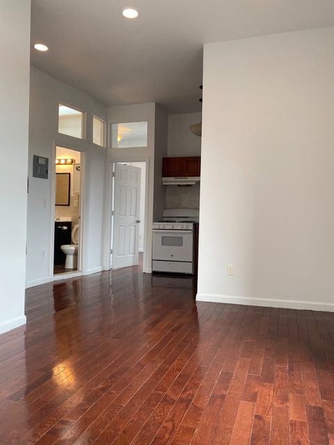 2 Bedrooms, Clinton Hill Rental in NYC for $2,500 - Photo 1