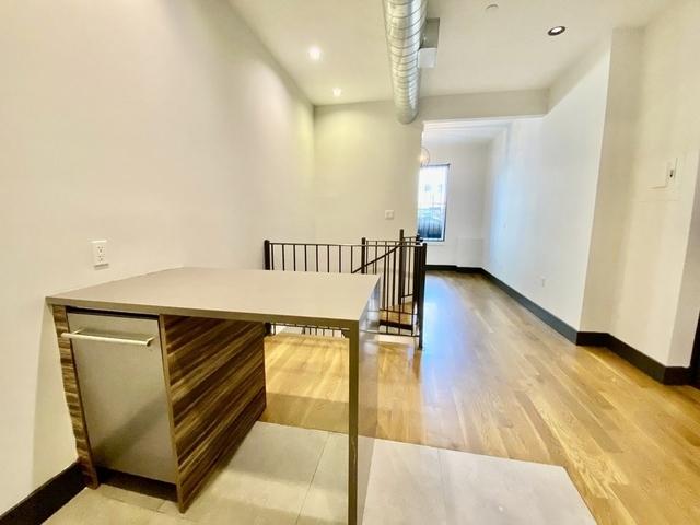 1 Bedroom, Prospect Lefferts Gardens Rental in NYC for $2,195 - Photo 2