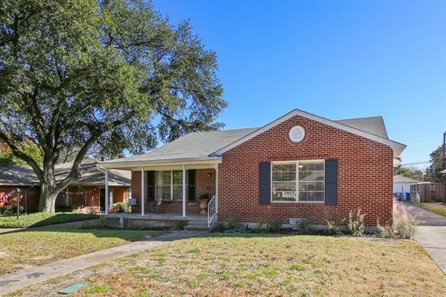 2 Bedrooms, Hillside Rental in Dallas for $1,500 - Photo 1