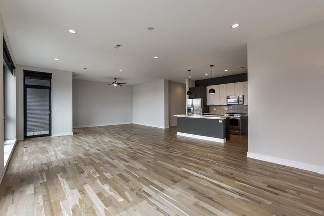 3 Bedrooms, Palmer Square Rental in Chicago, IL for $3,375 - Photo 2