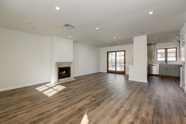 3 Bedrooms, Playhouse District Rental in Los Angeles, CA for $3,600 - Photo 2