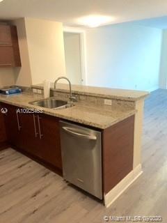 2 Bedrooms, Sawgrass Mills Rental in Miami, FL for $2,200 - Photo 2