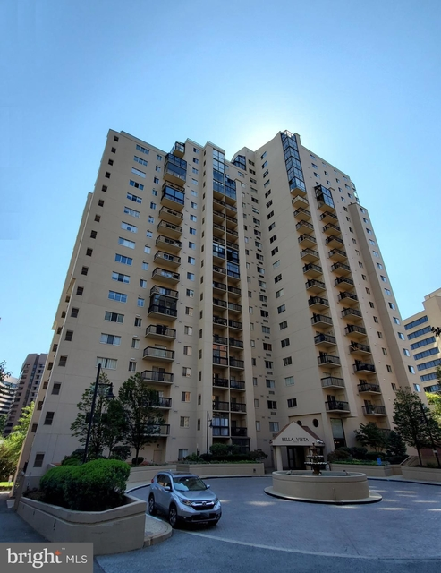 2 Bedrooms, Crystal City Shops Rental in Washington, DC for $3,200 - Photo 1