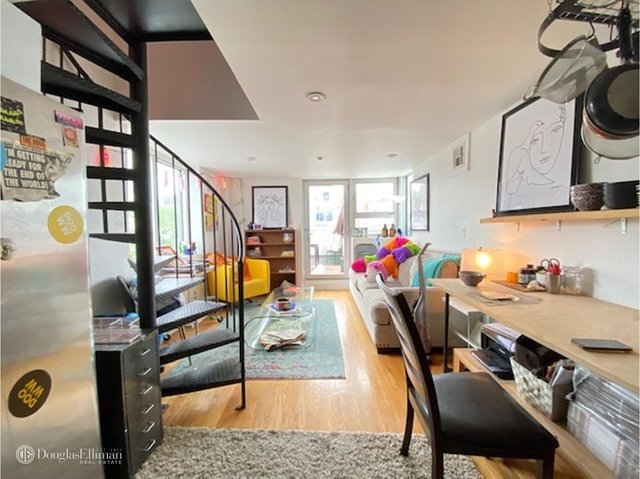 4 Bedrooms, Greenpoint Rental in NYC for $4,395 - Photo 2