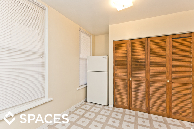2 Bedrooms, Wrightwood Rental in Chicago, IL for $1,595 - Photo 2