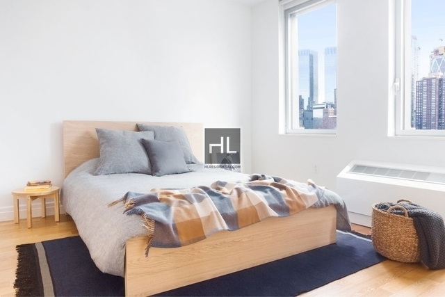 2 Bedrooms, Hell's Kitchen Rental in NYC for $6,525 - Photo 2