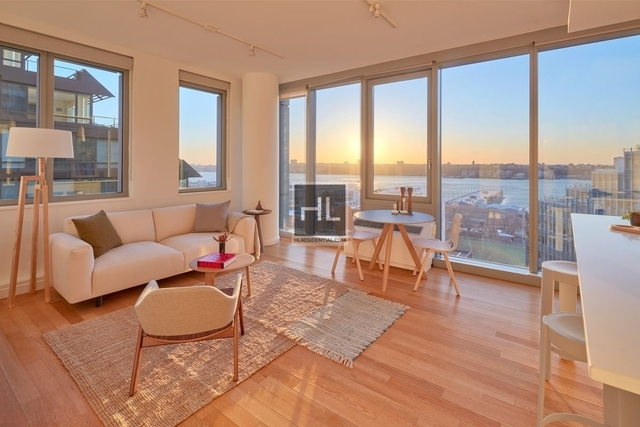2 Bedrooms, Hell's Kitchen Rental in NYC for $6,525 - Photo 1