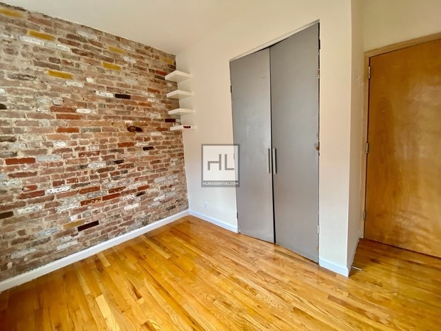 2 Bedrooms, Bowery Rental in NYC for $2,800 - Photo 2