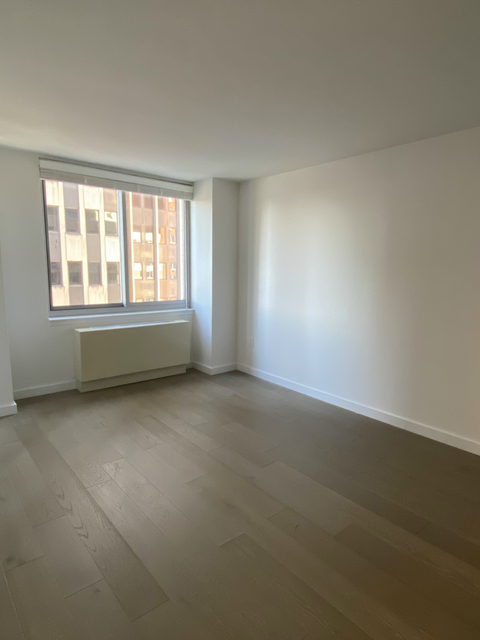 1 Bedroom, Tribeca Rental in NYC for $3,100 - Photo 2