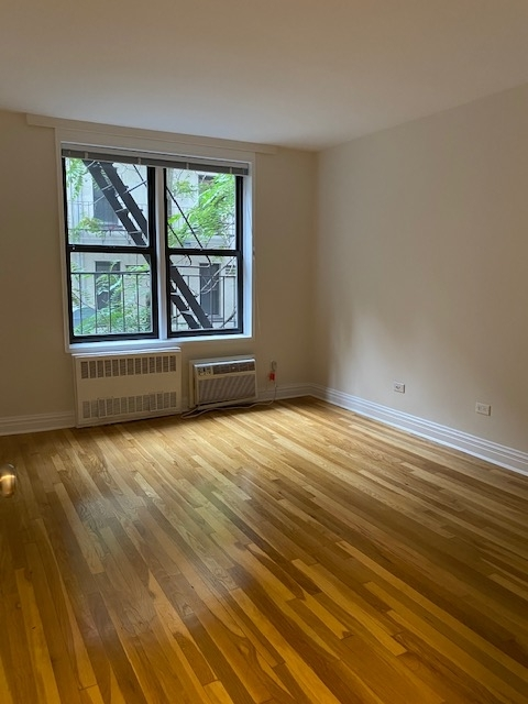 1 Bedroom, Chelsea Rental in NYC for $2,745 - Photo 2