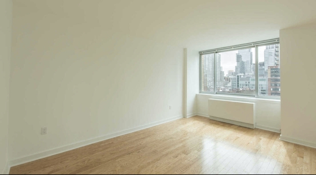 Studio, Lincoln Square Rental in NYC for $2,994 - Photo 1