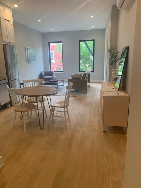 3 Bedrooms, Greenpoint Rental in NYC for $3,975 - Photo 1
