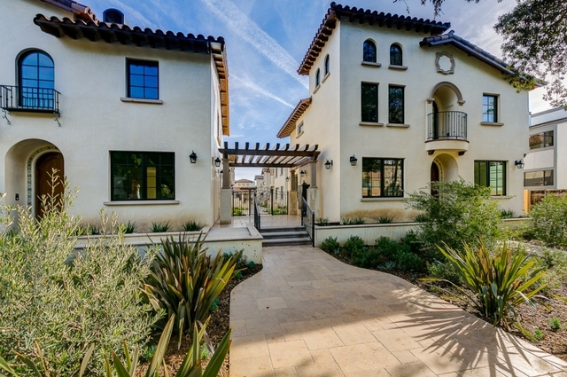 3 Bedrooms, Playhouse District Rental in Los Angeles, CA for $4,100 - Photo 1