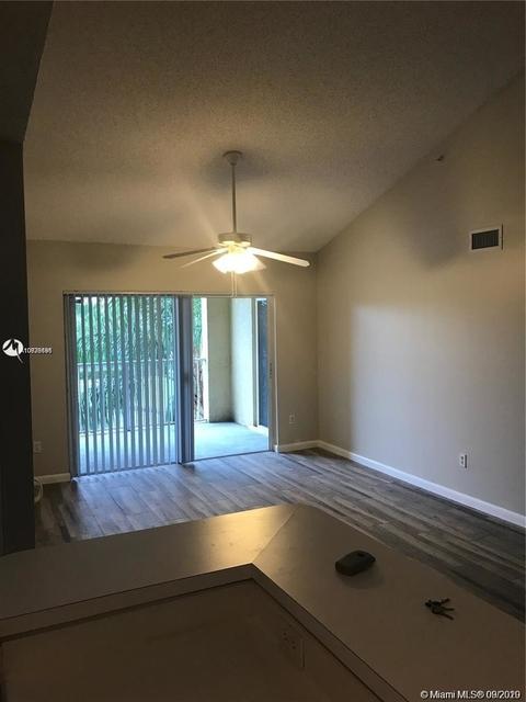 2 Bedrooms, University Village East Rental in Miami, FL for $1,650 - Photo 1