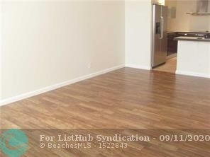 1 Bedroom, North Central Hollywood Rental in Miami, FL for $1,250 - Photo 2
