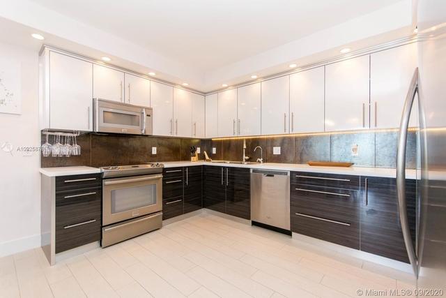 2 Bedrooms, Golden Shores Ocean Boulevard Estates Rental in Miami, FL for $3,350 - Photo 2