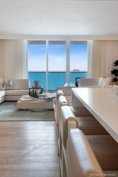 3 Bedrooms, Oceanfront Rental in Miami, FL for $38,000 - Photo 2