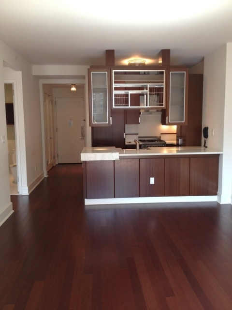 2 Bedrooms, Lincoln Square Rental in NYC for $5,541 - Photo 2