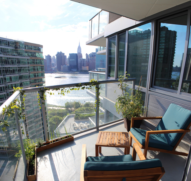 1 Bedroom, Hunters Point Rental in NYC for $3,390 - Photo 2