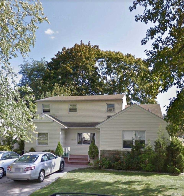 1 Bedroom, East Meadow Rental in Long Island, NY for $2,100 - Photo 1