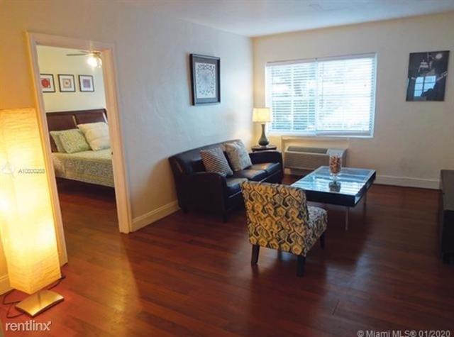 1 Bedroom, Altos Del Mar South Rental in Miami, FL for $1,250 - Photo 1