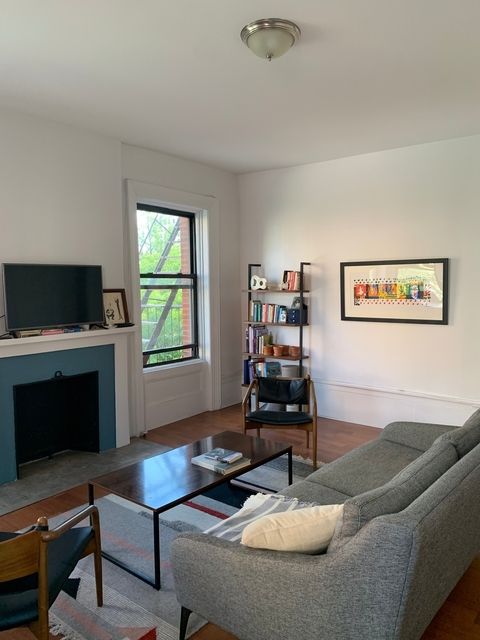 2 Bedrooms, Upper West Side Rental in NYC for $3,400 - Photo 2