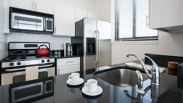 1 Bedroom, Brooklyn Heights Rental in NYC for $3,022 - Photo 1