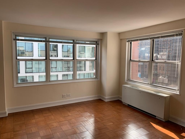 Studio, Theater District Rental in NYC for $2,084 - Photo 2