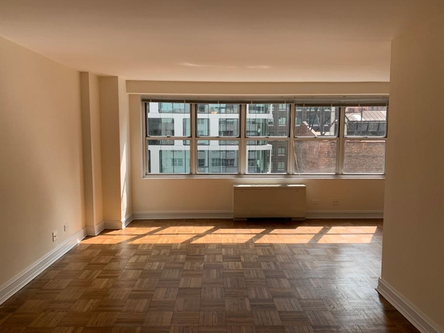 Studio, Theater District Rental in NYC for $2,146 - Photo 1