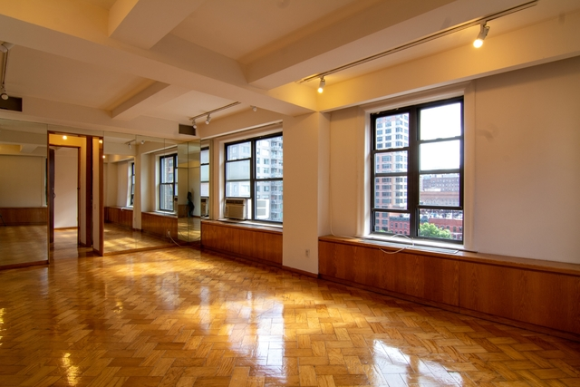 5 Bedrooms, Murray Hill Rental in NYC for $7,900 - Photo 2