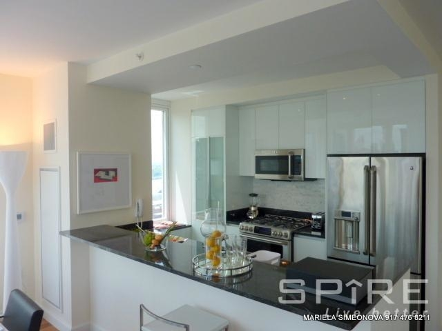 3 Bedrooms, Lincoln Square Rental in NYC for $8,800 - Photo 2