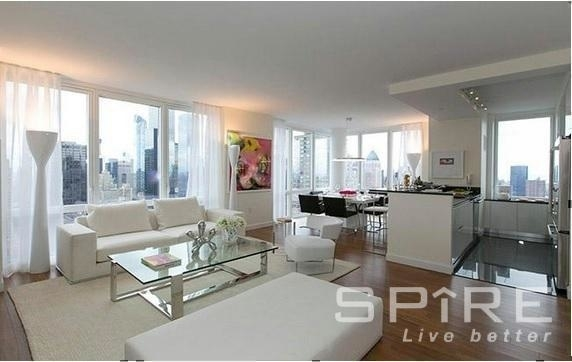 3 Bedrooms, Lincoln Square Rental in NYC for $8,800 - Photo 1