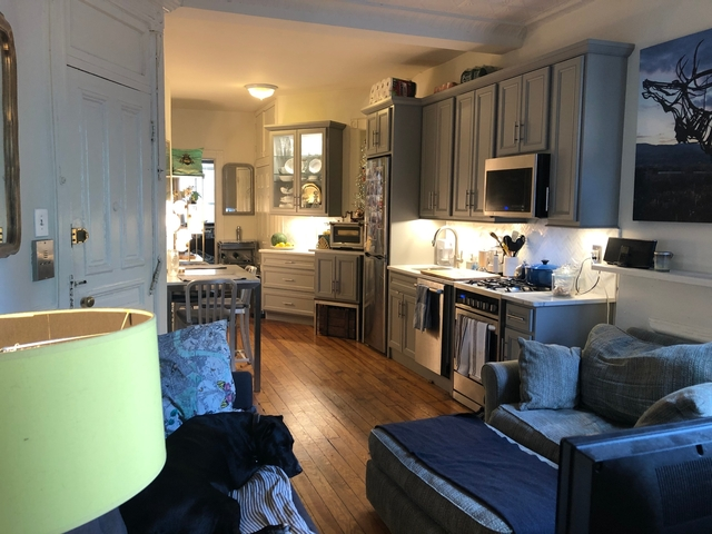 2 Bedrooms, Carroll Gardens Rental in NYC for $3,550 - Photo 2