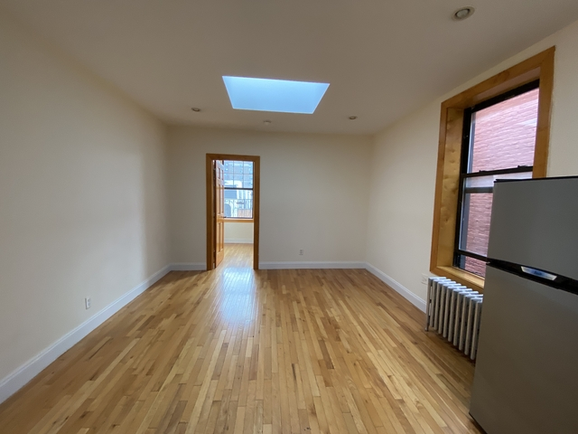 2 Bedrooms, East Village Rental in NYC for $3,025 - Photo 1