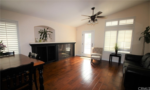 3 Bedrooms, Victoria Rental in Los Angeles, CA for $3,300 - Photo 2