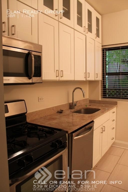 3 Bedrooms, Lincoln Park Rental in Chicago, IL for $2,660 - Photo 2