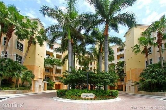 3 Bedrooms, Tropical Isle Homes East Rental in Miami, FL for $6,100 - Photo 1