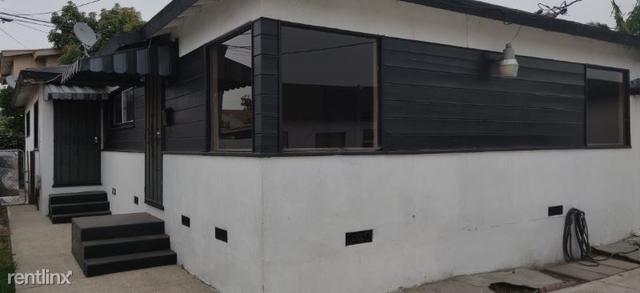 2 Bedrooms, Inglewood Rental in Los Angeles, CA for $2,100 - Photo 1