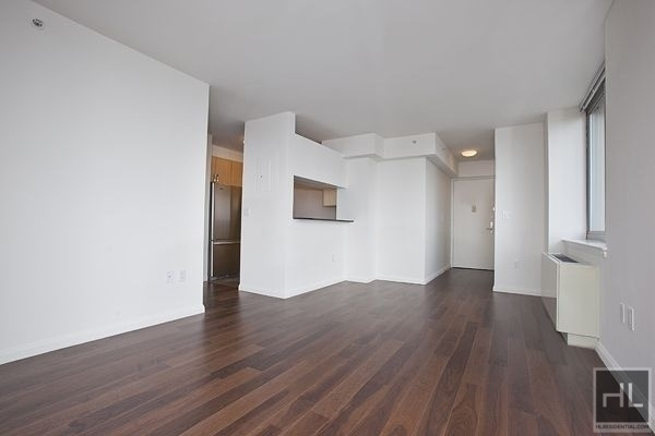 Studio, Hell's Kitchen Rental in NYC for $2,480 - Photo 1