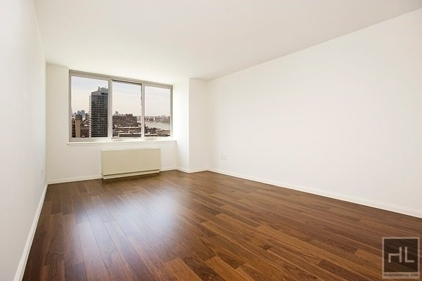 Studio, Hell's Kitchen Rental in NYC for $2,480 - Photo 2