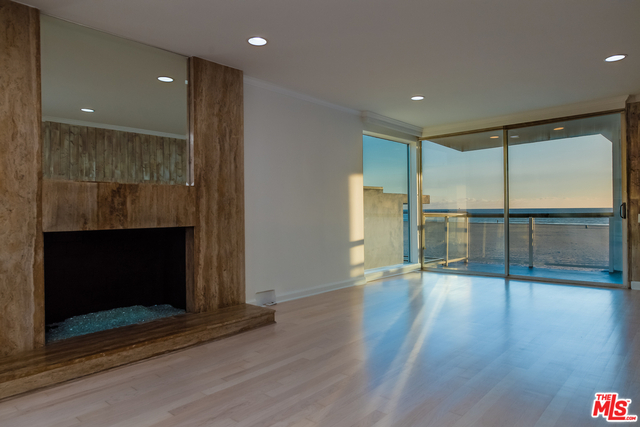 2 Bedrooms, Marina Peninsula Rental in Los Angeles, CA for $5,500 - Photo 1