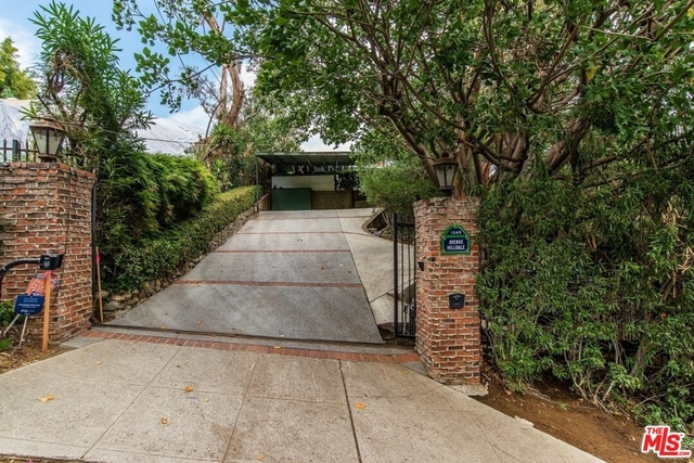 2 Bedrooms, Bel Air-Beverly Crest Rental in Los Angeles, CA for $8,995 - Photo 1