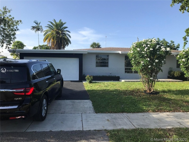 3 Bedrooms, West Park Rental in Miami, FL for $2,300 - Photo 1