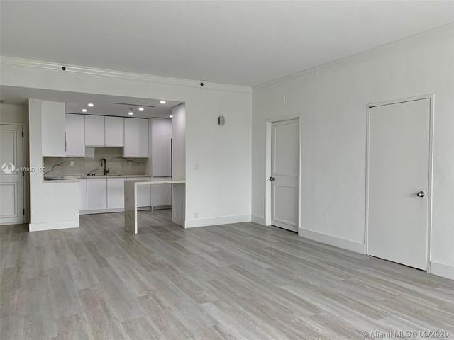 2 Bedrooms, Village of Key Biscayne Rental in Miami, FL for $5,500 - Photo 2